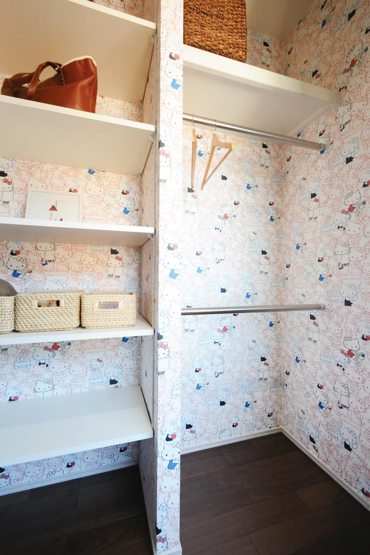 各部屋に収納をしっかり設け好みの壁紙がアクセントの収納提案 埼玉
